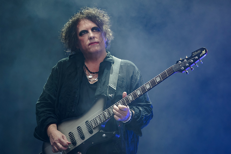 <H2>The Cure</H2><H5>Glasgow, Summer Sessions